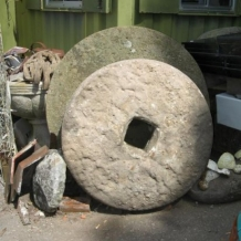 4ft and 5ft foot Millstones